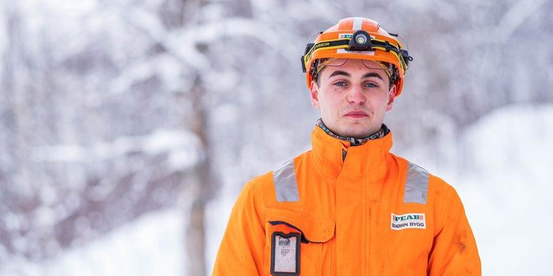 Tømrerlærling Eivind Dahl i Peab Bjørn Bygg